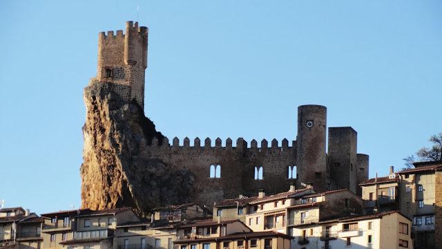 -Vistas desde las afueras de Frías, Burgos-