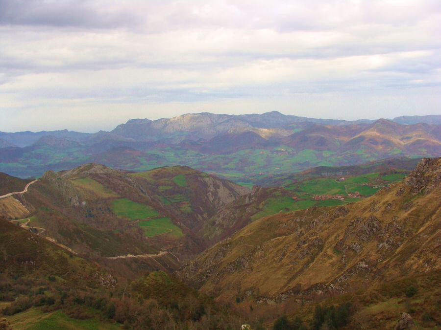 Vistas-desde-el-mirador-de-la Reina-Asturias