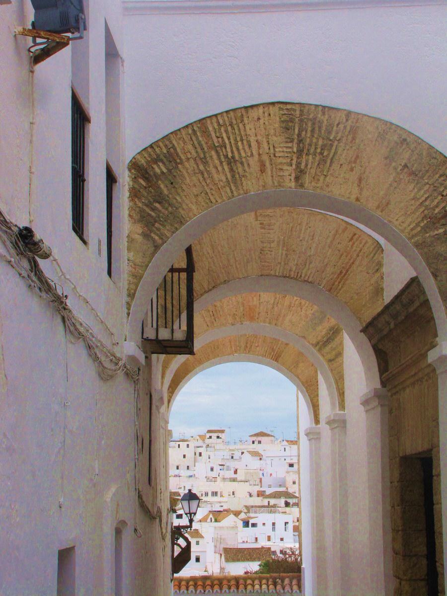 Callejón cerca del Castillo-Vejer de la Frontera