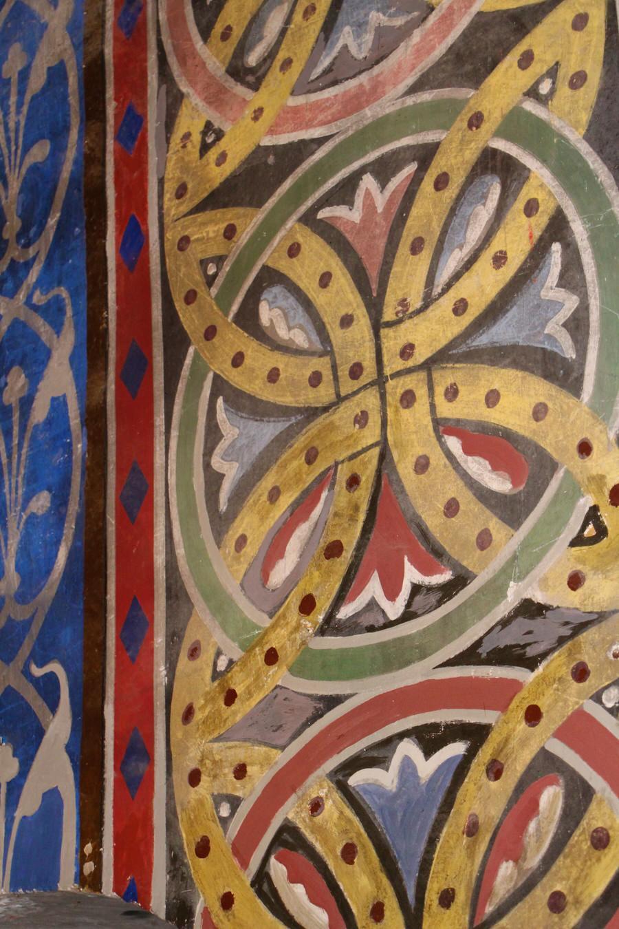 -Detalle pintura columnas, Iglesia de San Cristóbal-