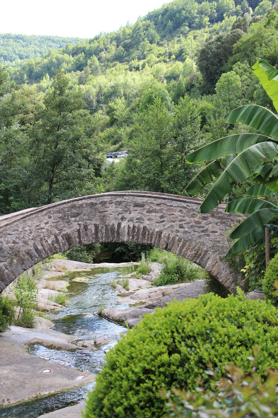 -Puente Nuevo, Beget-
