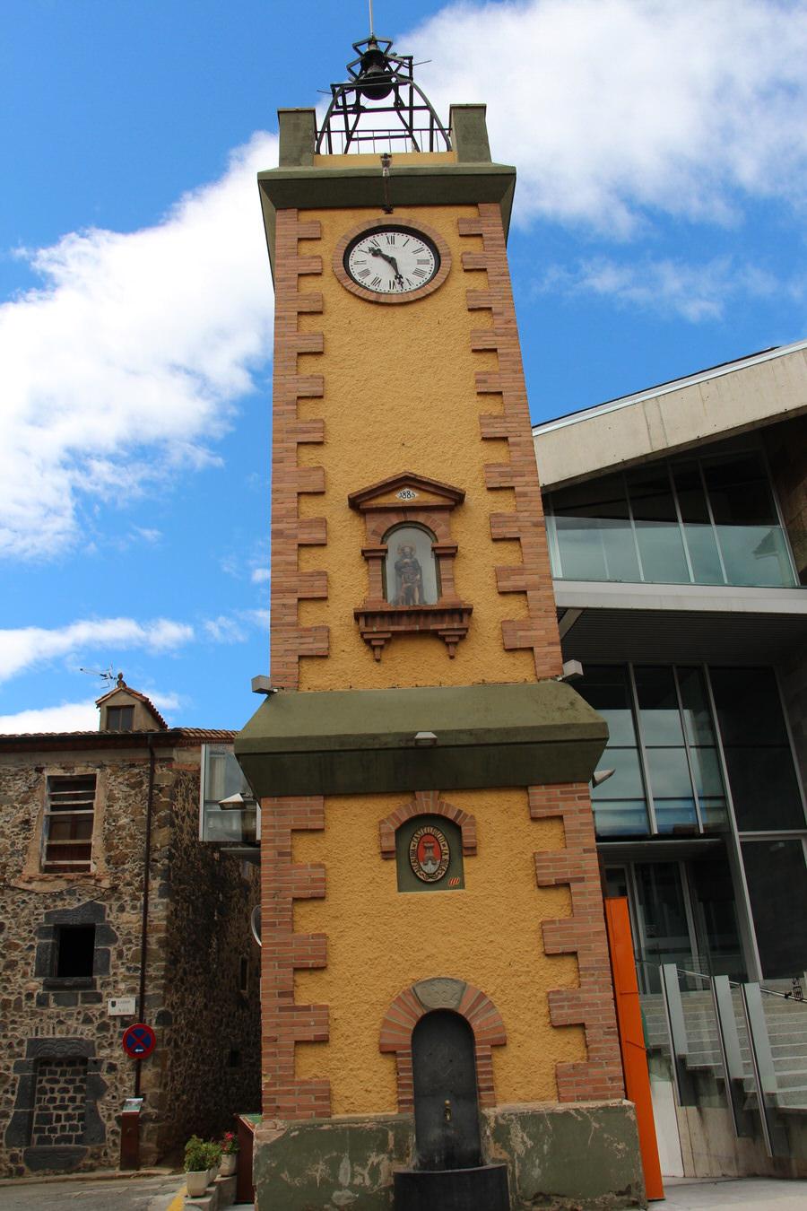 -Torre del Reloj, Castellfullit de la Roca-