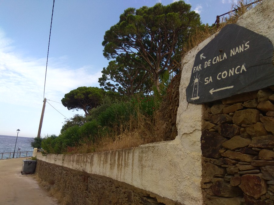 Inicio ruta Faro de Cala Nans, Cadaqués