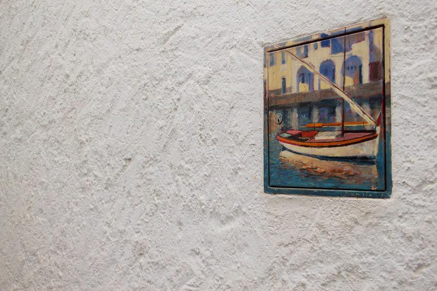 Pinturas que embellecen las puertas de toma de agua
