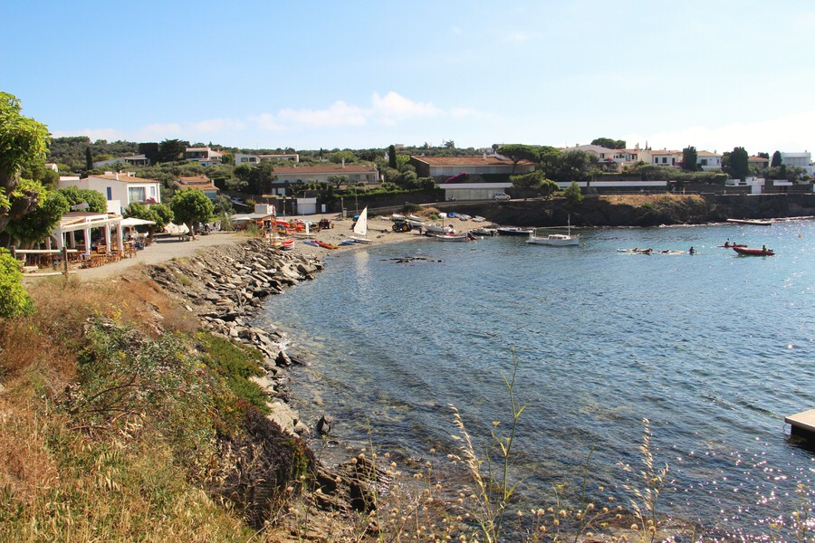 Playa Ses Oliveres junto a Chiringuito