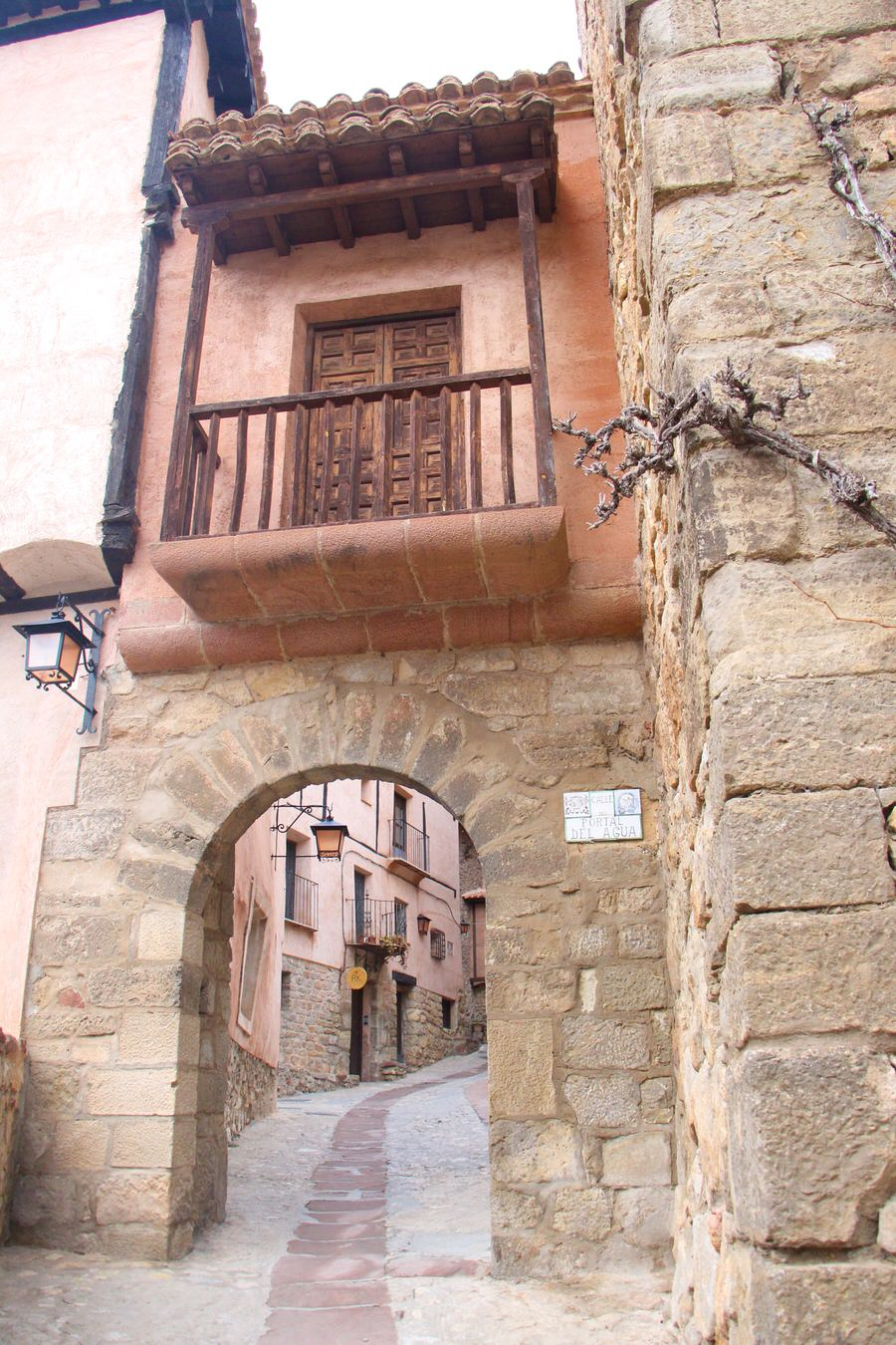-Plaza Mayor de Albarracín-