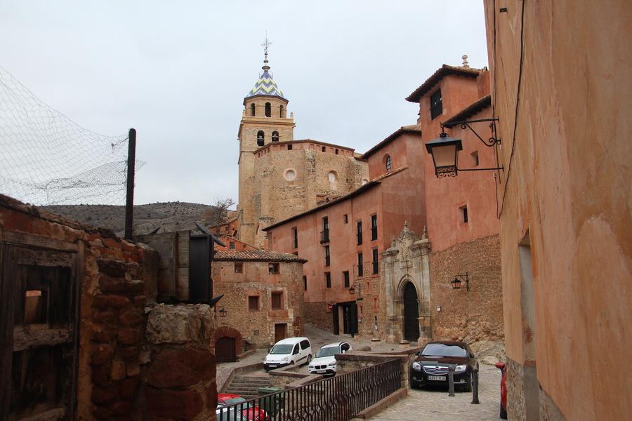 -Palacio Episcopal y parte de la Catedral de Albarracín-