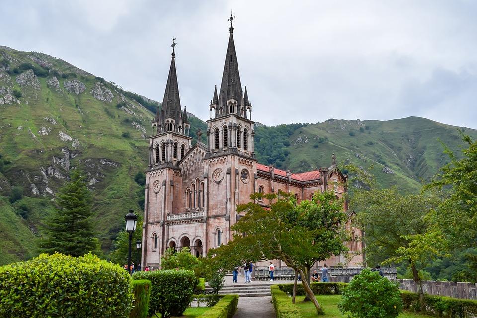 Basílica-de-covadonga-extraida-internet