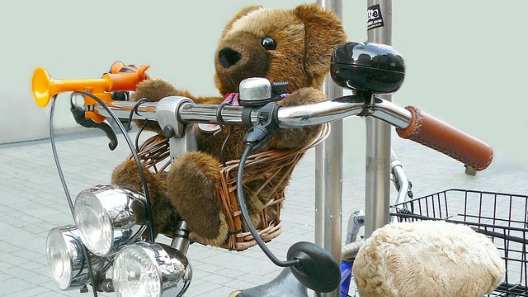 bicicleta-con-osito-montar-en-bici