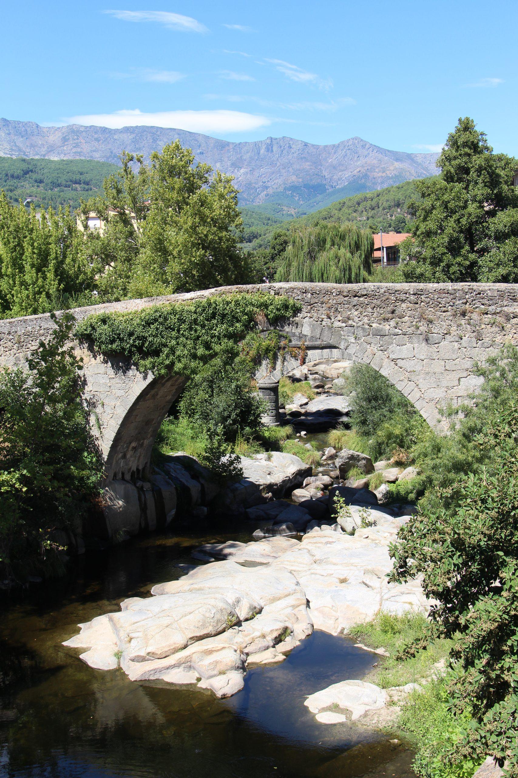 Puente medieval de Arenas de San Pedro