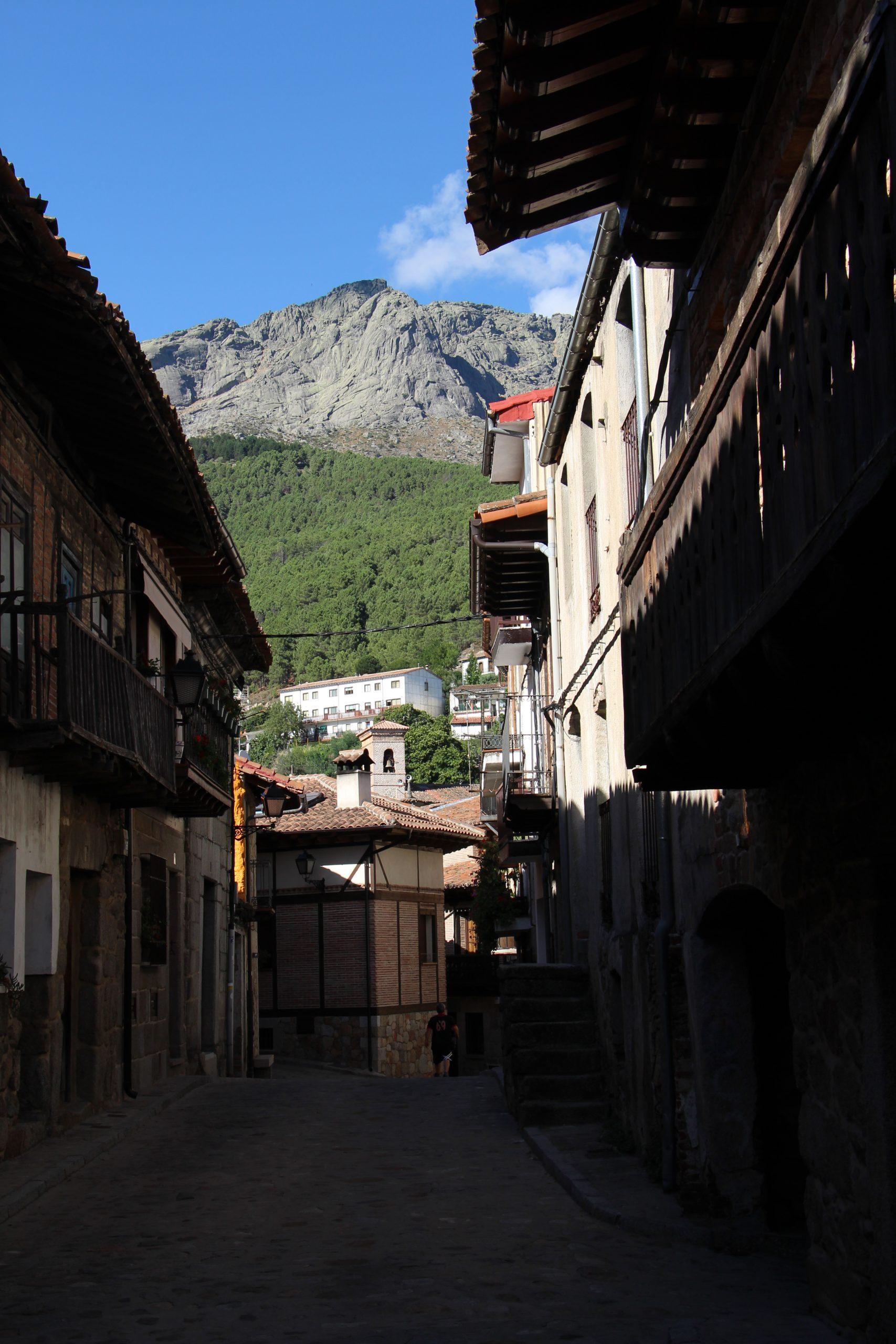 -Cuevas del Valle-