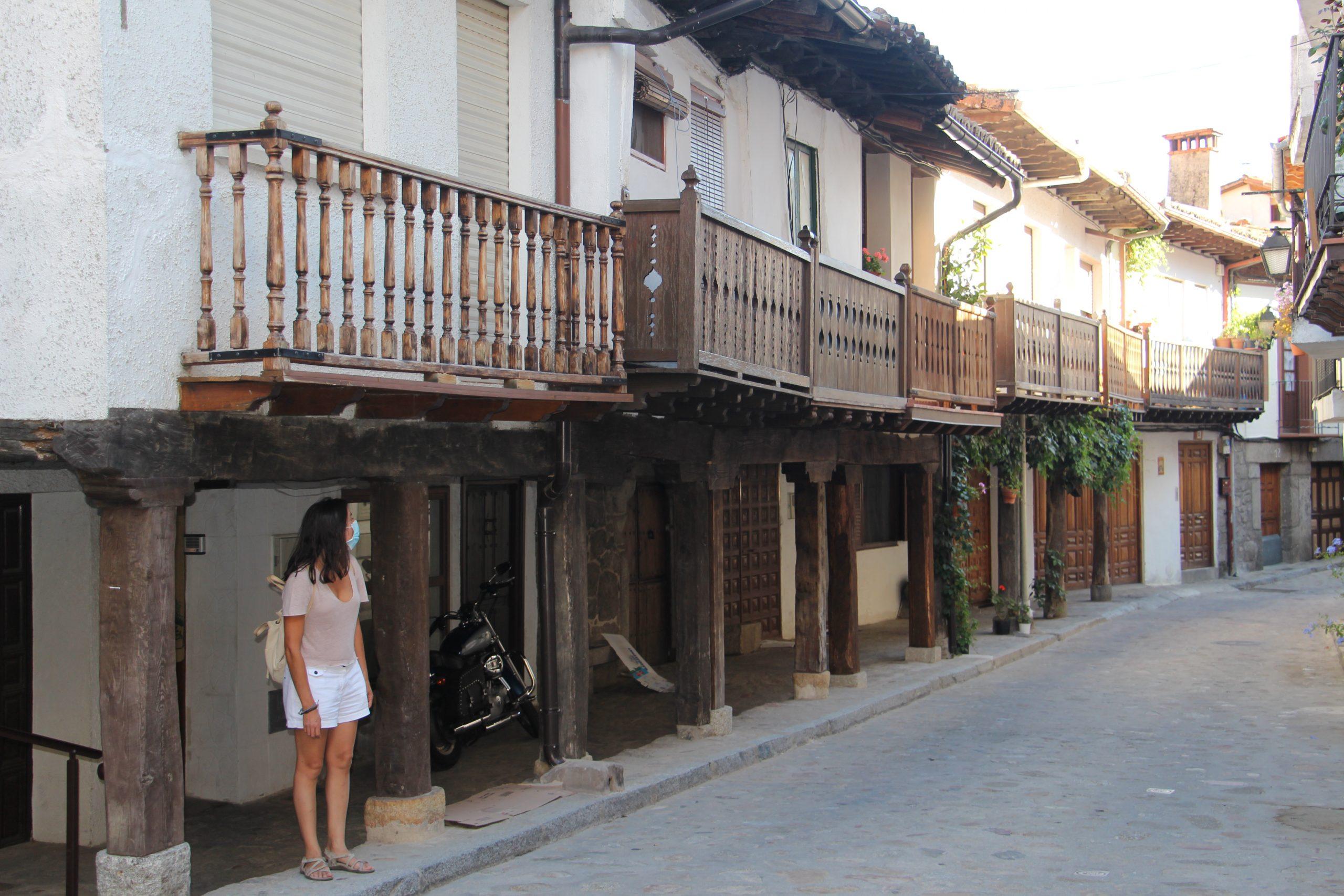 -Casas entramadas, Cuevas del Valle-