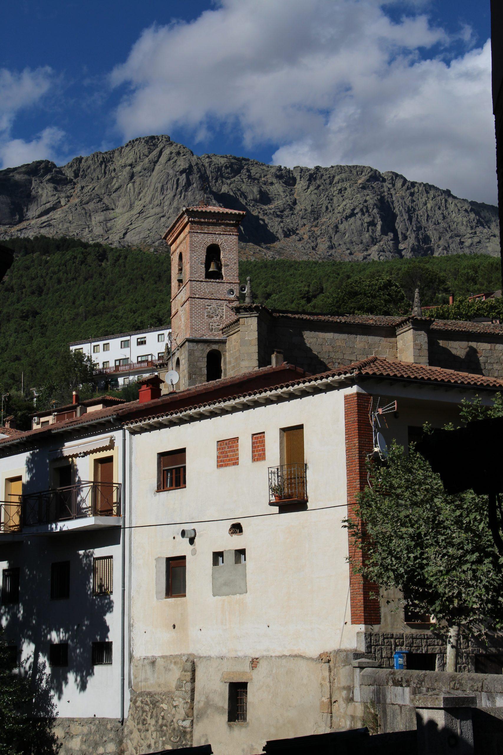 -Iglesia de la Natividad de Nuestra Señora, Cuevas del Valle-